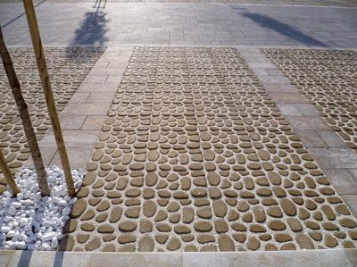 Pavimento per esterni modello grigliati e pavimenti drenanti - Terriccio da giardino prezzo ...
